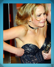 Jennifer Lawrence // Candid, Cleavage, Dorky // Collectible Photo [8x10] 1