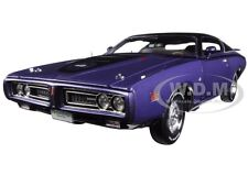 1971 DODGE CHARGER SUPER BEE PLUM CRAZY LTD 1002pc 1/18 BY AUTOWORLD AMM1056