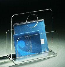 Zeitungsständer aus Acrylglas -  Material Acryl klar – transparent
