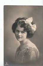 Glamour Postcard - Head and Shoulders of Young Lady - Smiling   MB1691