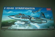 Academia Lockheed F-104G Starfighter 1:72 Escala Kit