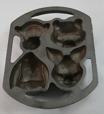 Disney Lodge Cast Iron Muffin Mold Pan Winnie the Pooh Tigger Piglet Eeyore EUC