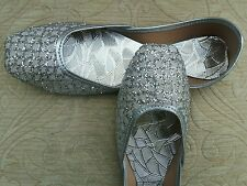 SILVER LADIES INDIAN LEATHER WEDDING   PARTY SHOES   SIZE 7