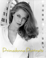 KATHLEEN TURNER 8x10 Lab Photo 1980s Young Sexy Beautiful Babe Lovely Cascading