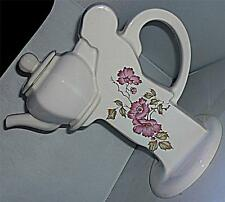 UNUSUAL VINTAGE RETRO KITSCH KERNEWEK WHITE PINK FLORAL WAITER TEAPOT COFFEE POT