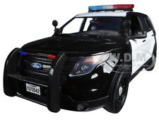 2015 FORD PI UTILITY INTERCEPTOR BLACK/WHITE POLICE CAR 1/18 BY MOTORMAX 73542