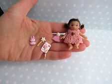 Miniaturen OOAK Baby Mädchen für Puppenstube 1:12