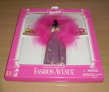 Barbie Internationale Fashion Avenue Mattel Pink Evening Outfit Gown Deluxe 1996