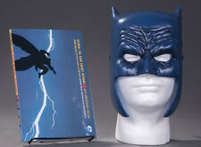 Frank Miller Art Batman Dark Knight Returns Book & Mask Set DC Collectibles
