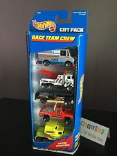 New 1998 Hot Wheels World Gift Pack Of 5 Race Team Racing Pit Crew Tow Truck C