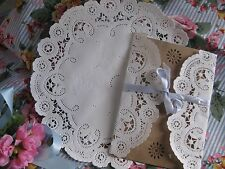 "10"" WHITE PAPER PRINCESS FRENCH LACE ROUND DOILIES 25 PCS WEDDING INVITE HEARTS"