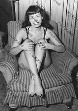 Vintage Photo reprint Wall Art Print of Vintage 1950s Pin-up Bettie Page Size A4