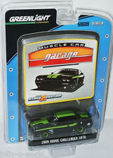 Greenlight MCG - 2009 DODGE CHALLENGER SRT8 - black/green - 1:64