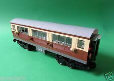 Lego Eisenbahn - Personenwagen, Wagon - braun / beige mit 9V Achsen