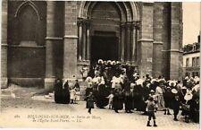 CPA  boulogne - sur - mer .- Sortie de messe  (196468)