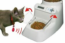 CAN YOUR AUTOMATIC PET FEEDER DO THIS? - WIRELESS WHISKERS CAN!