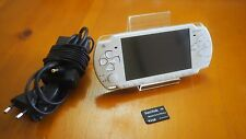 Sony PSP 2000 Ceramic White Handheld System w/4 GB Memory Card