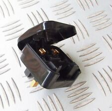 2 PIN EURO NON EARTHED CONTINENTAL PLUG TO A 3 PIN UK MAINS ADAPTER