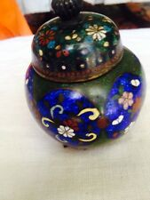 Antique C1900 Chinese Cloisonne Enamel Footed Urn W/ Lid Blue Medalians On Green