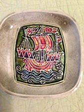 JOHN REILLY VENTNOR ISLE OF WRIGHT POTTERY PLATE 19880'S
