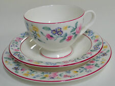 Royal Albert Marguerite Trio Cup Saucer & Plate (#20) 1983 Estate Item