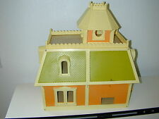 VTG The Littles Dollhouse & 7 Dolls Furniture Bathroom Living Room Mattel 1980