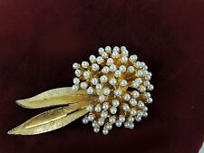 Vintage BSK Signed Jewelry Pin Brooch Pearls Gold Tone Flower Hydrangea RARE