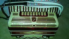UNITED MAROTTA 41/120 BASS ACCORDION with CASE. Excellent playing condition.
