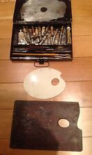VINTAGE WINSOR & NEWTON ArRTIST PORTABLE TIN BOX?  WITH PULL OUT PALLET