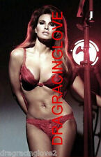 "Gorgeous Actress/Sex Symbol ""Raquel Welch"" 8x10 ""Pin Up"" PHOTO! #(14ab)"