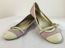 Juicy Couture Mary Jane Style Flats Beige Patent Leather & Pink Suede Size 8M