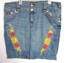 Baby Phat denim pencil skirt 22 22w 3X Embroidered flowers embellished stretch