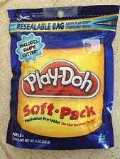 BRAND NEW SEALED Play-Doh Soft Pack and 1 Shape Cutter 8 oz - Blue