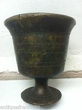 Très ancien mortier XVIIIe?? d'apothicaire en bronze sur pied. antique mortar