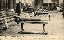 CPA PARIS 7e-Aux Invalides-Minenwerfer pris aux Allemands (328223)
