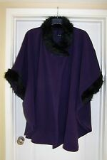 BNWT Yours Ladies Fleece style Poncho / Cape PLUS One Size (Fit 28 / 30 / 32)