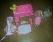 Vintage Barbie Doll Little Sister Kelly Bath Time Fun Doll Play Set 1994
