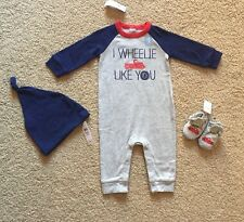 Baby Boy 6-9 Months Baby Gap Truck Romper One Piece Knot Hat & Booties Set