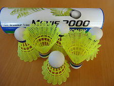 12 New Yonex Nylon Badminton Shuttlecocks Mavis 2000 yellow made in Japan