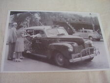 1940 PLYMOUTH  TAXI CAB  11 X 17  PHOTO  PICTURE