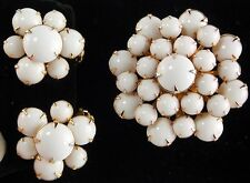 Milkglass Brooch & Clip Earring Set Prong Set in Gold Tone Metal All Rounds Mint
