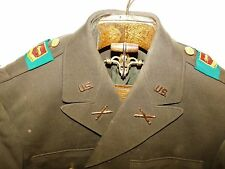 WWII US ARMY 33rd Field ARTILLERY SERVABO FIDEM THEATER PATCHES OFFICER COAT