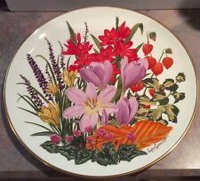 "Wedgwood for Franklin Porcelain NOVEMBER Flowers of the Year 10 7/8"" Plate"
