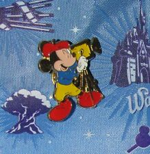 A7 DISNEY VINTAGE PIN SEDESMA MICKEY MOUSE MOVIE MAKER BLUE SHIRT