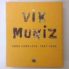 Vik Muniz Obra Completa 1987-2009 . Portuguese Text Capivara Colour