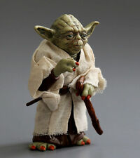 Yoda Jedi Master Star Wars Clone Mini Action Figure 3 Attack Statue 12 cm