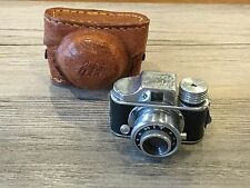 *Vintage Hit Subminiature Camera with Leather Case made in Japan Spy Camera