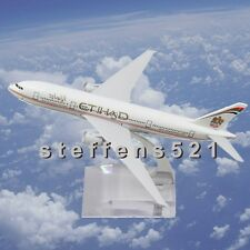NEW AMAZING 16CM METAL BOEING 777 EMIRATES PLANE MODEL DIECAST GIFTS  MARKED