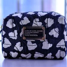 MARC BY MARC JACOBS WOMEN NYLON BLACK&WHITE HEARTS CLUTCH HANDBAG COSMETIC BAG