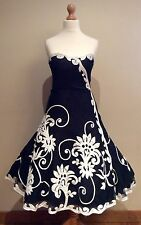 COAST BLACK WHITE EVENING DRESS SIZE 8 NETTING FLORAL APPLIQUE